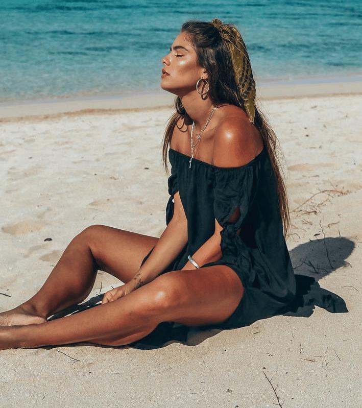 Robe de plage à épaules dénudées noir