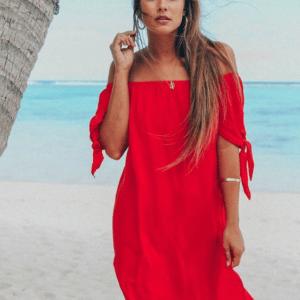 Robe de plage à épaules dénudées rouge