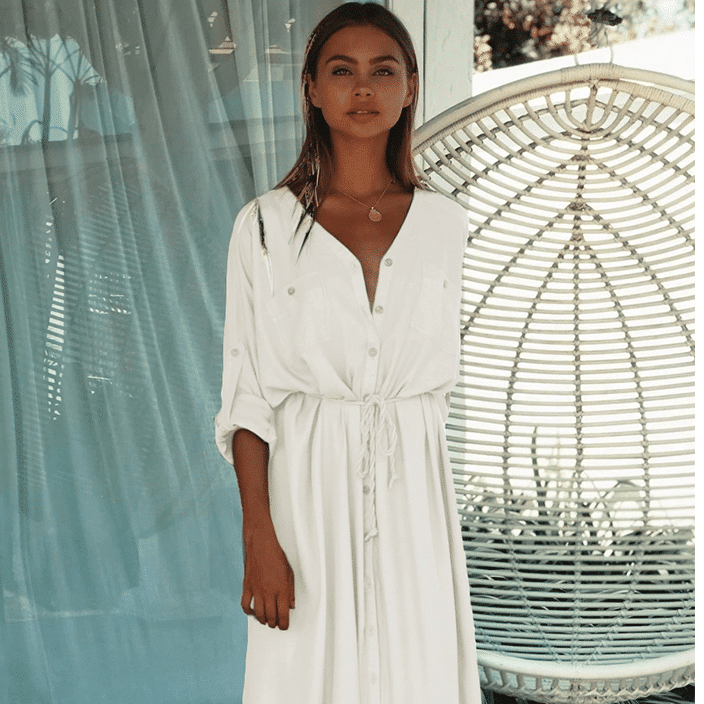 Robe de plage longue style chemisier blanc 1