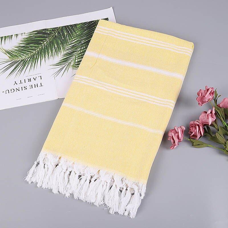 Serviette fouta de plage jaune clair