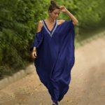 Robe paréo aux inspirations africaines bleu foncé